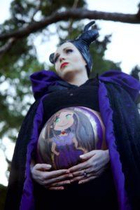 Manuela Iniart- Pancia opera d'arte Maleficent